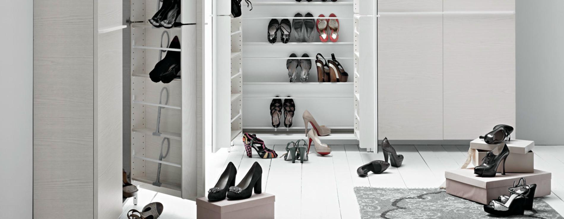 Scarpiere mobili per scarpe centro mobili godiasco for Scarpiere d arredo