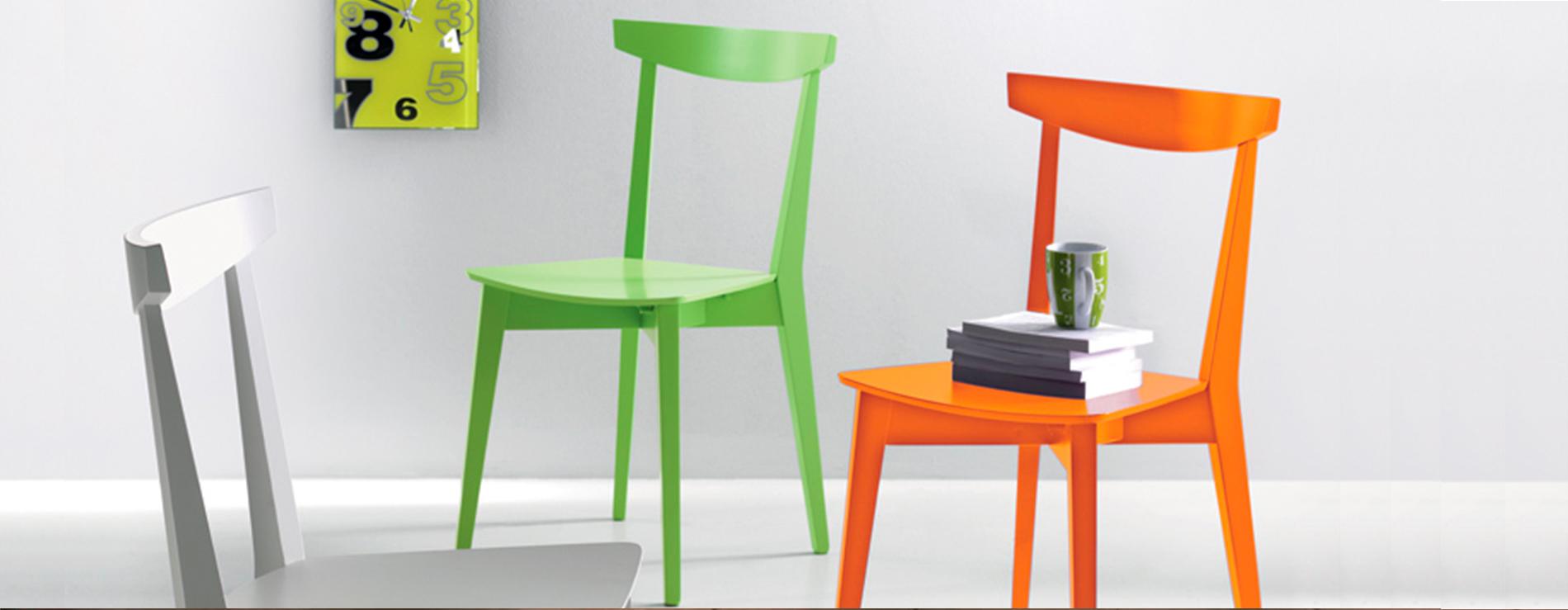 Mid sedie e sgabelli scavolini centro mobili for Sedie da tavolo moderne