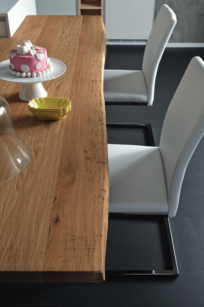 Tavolo penisola altacorte centro mobili for Piano in legno per tavolo