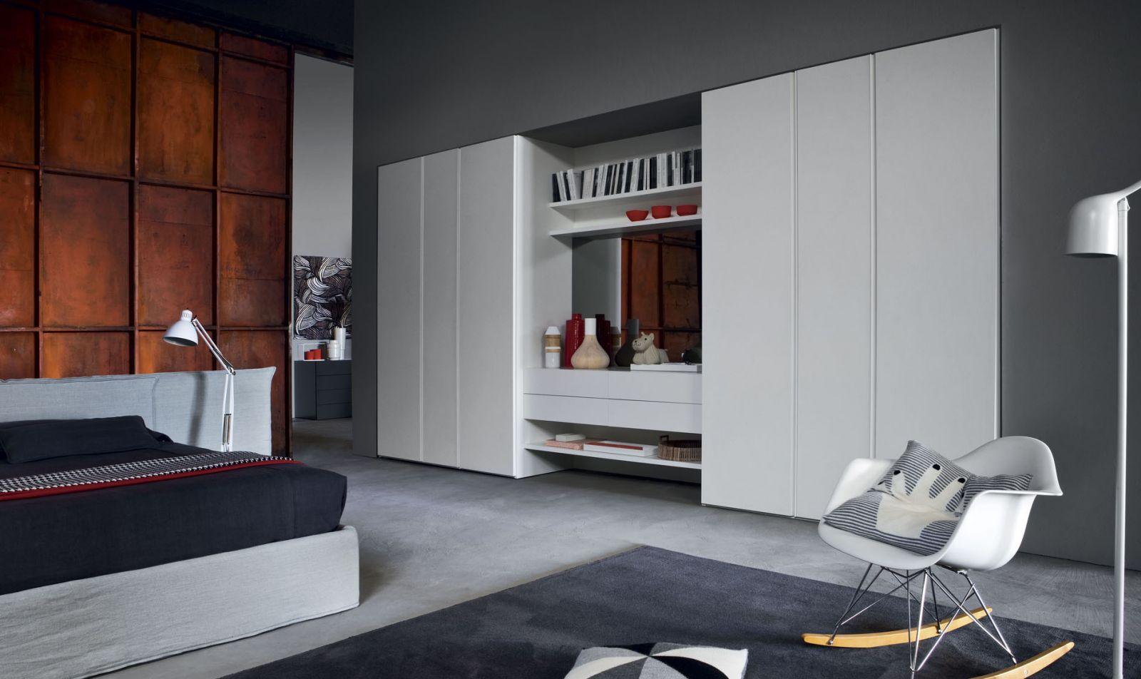 armadi su misura armadi quattro stagioni centro mobili godiasco salice terme pv. Black Bedroom Furniture Sets. Home Design Ideas