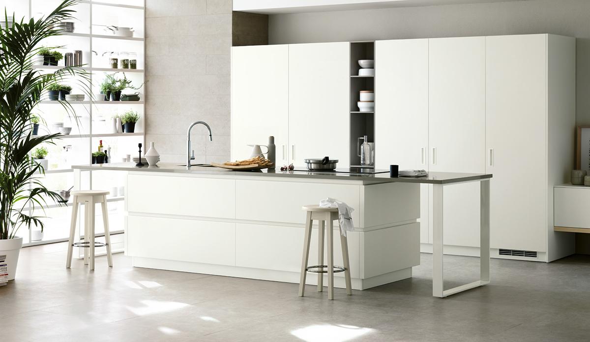 Cucina con isola voi come la volete centro mobili for Cucina a concetto aperta con isola