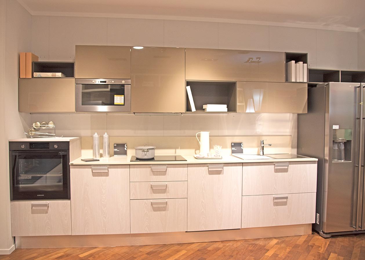 Cucina scavolini scontata sax centro mobili for Centro italiano mobili