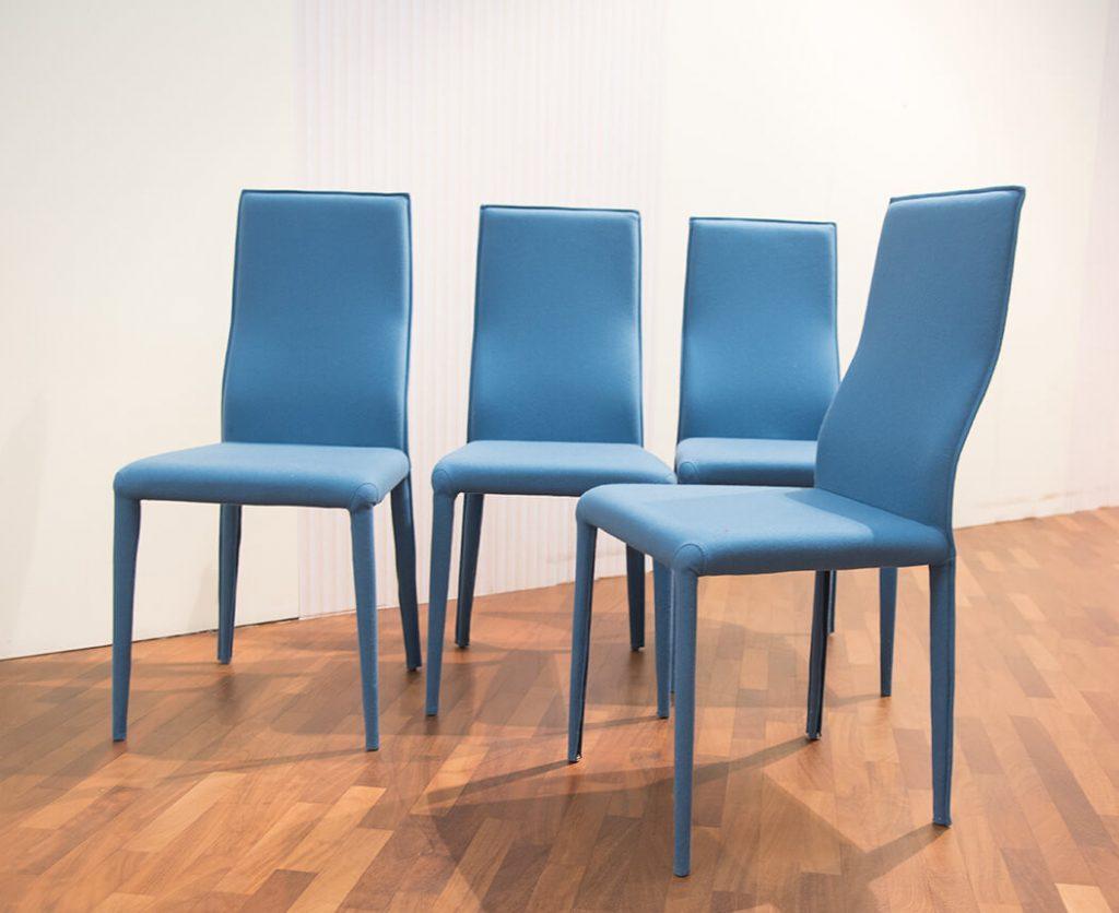 Sedit sedie blu