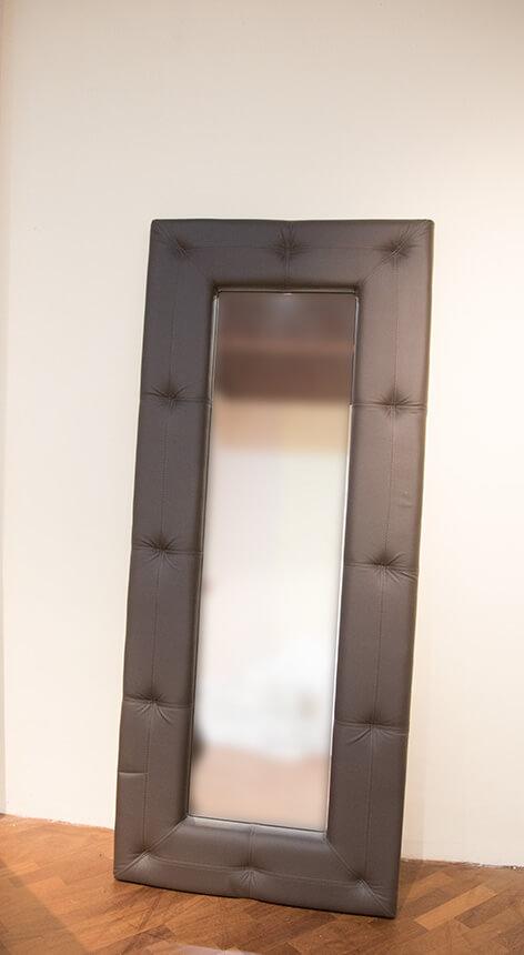Specchio marrone