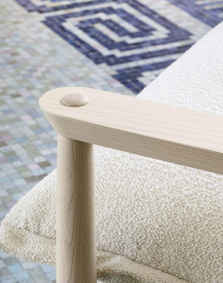 Dettaglio poltrona legno Miniforms